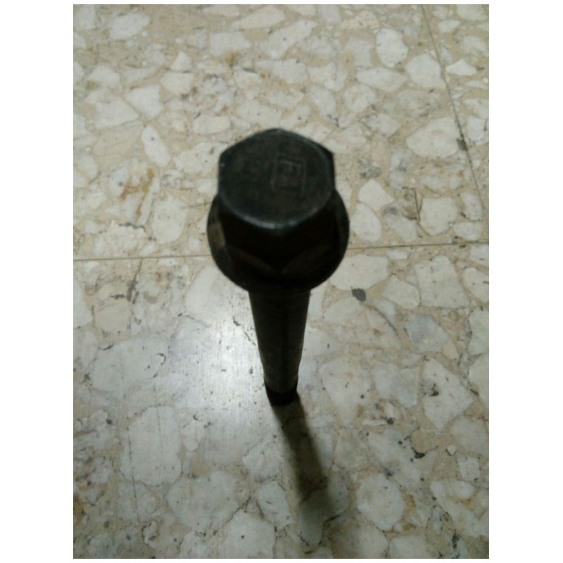 Vite fissaggio testa cilindri Fiat 4751321 x Iveco