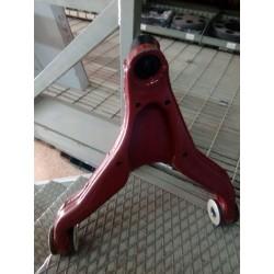 Braccio sospensione oscillante inferiore sx. Fiat 500334717 x Iveco