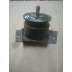 Tassello sostegno motore sx Fiat 8588904 x Iveco Daily