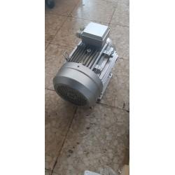 Motore elettrico Chiaravalli trifase HP 12.5 2P B 3