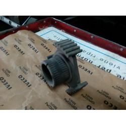 Manicotto fisso 4/5 velocità riferimento Iveco n. 8832489