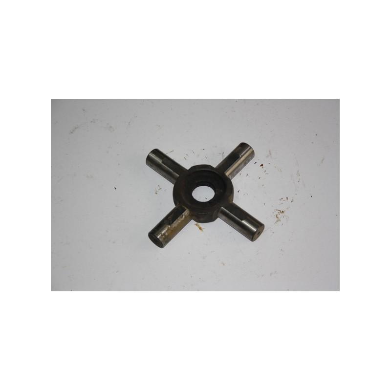 Crociera differenziale Riferimento Iveco n. 4524771